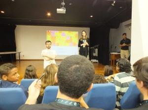 Participação dos presentes durante o evento.